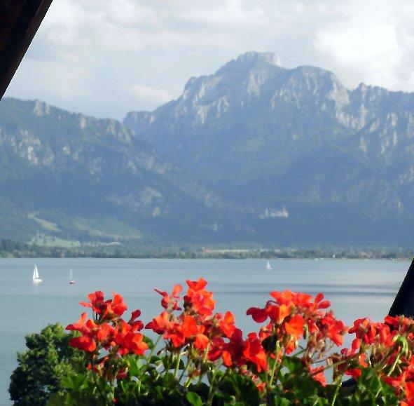 Das Haus Am See Renartis Reisen: Allgäu Urlaub Mit Traumhaftem Panorama Direkt Am